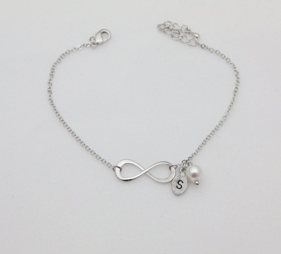 bracelet infini bracelet initiale bracelet de l 39 amiti. Black Bedroom Furniture Sets. Home Design Ideas
