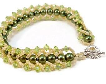 Green Crystal Bracelet, Swarovski Crystal Peridot, Women's Beaded Bracelet, Pearl Bracelet