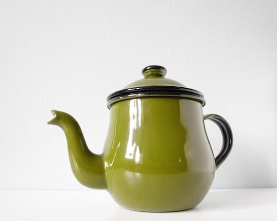 Vintage enamel teapot - green tea pot - retro avocado green enamelware kettle from Japan