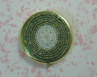Hand Beaded Frosted Filigree Cabochon Pill Box
