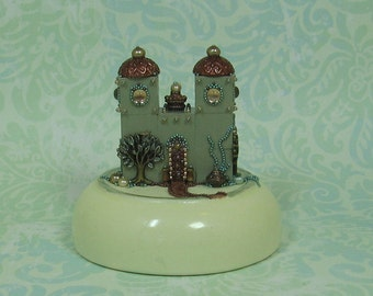 Hand Beaded Miniature Fantasy Palace Figurine M572