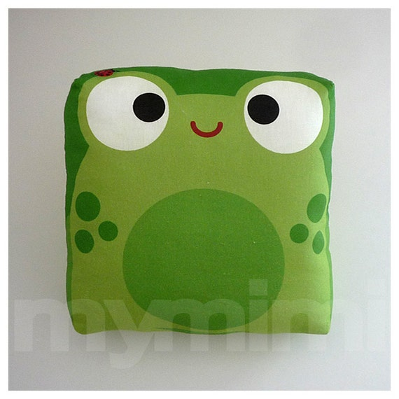 Children's Mini Pillow, Decorative Pillow, Green Pillow, Frog Pillow, Animal Pillow, Stuffed Animal, Kawaii Toy Pillow, Amphibian, 7 x 7