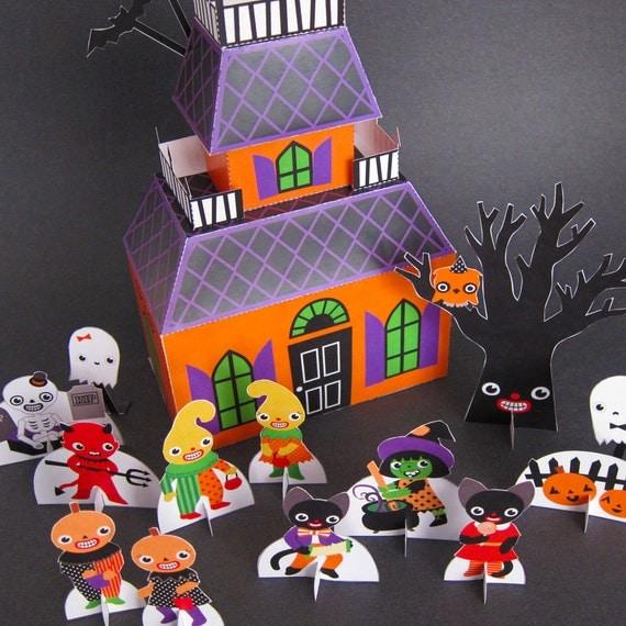 Halloween Haunted House Playset Printable Paper Craft PDF
