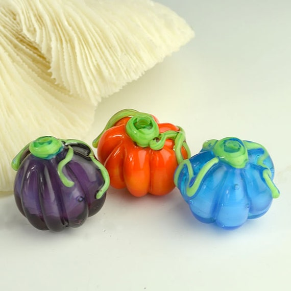 Three Pumpkins Handmade Glass Lampwork Beads SRA