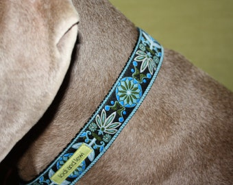 Flourish Collar or Leash in Blue and Black