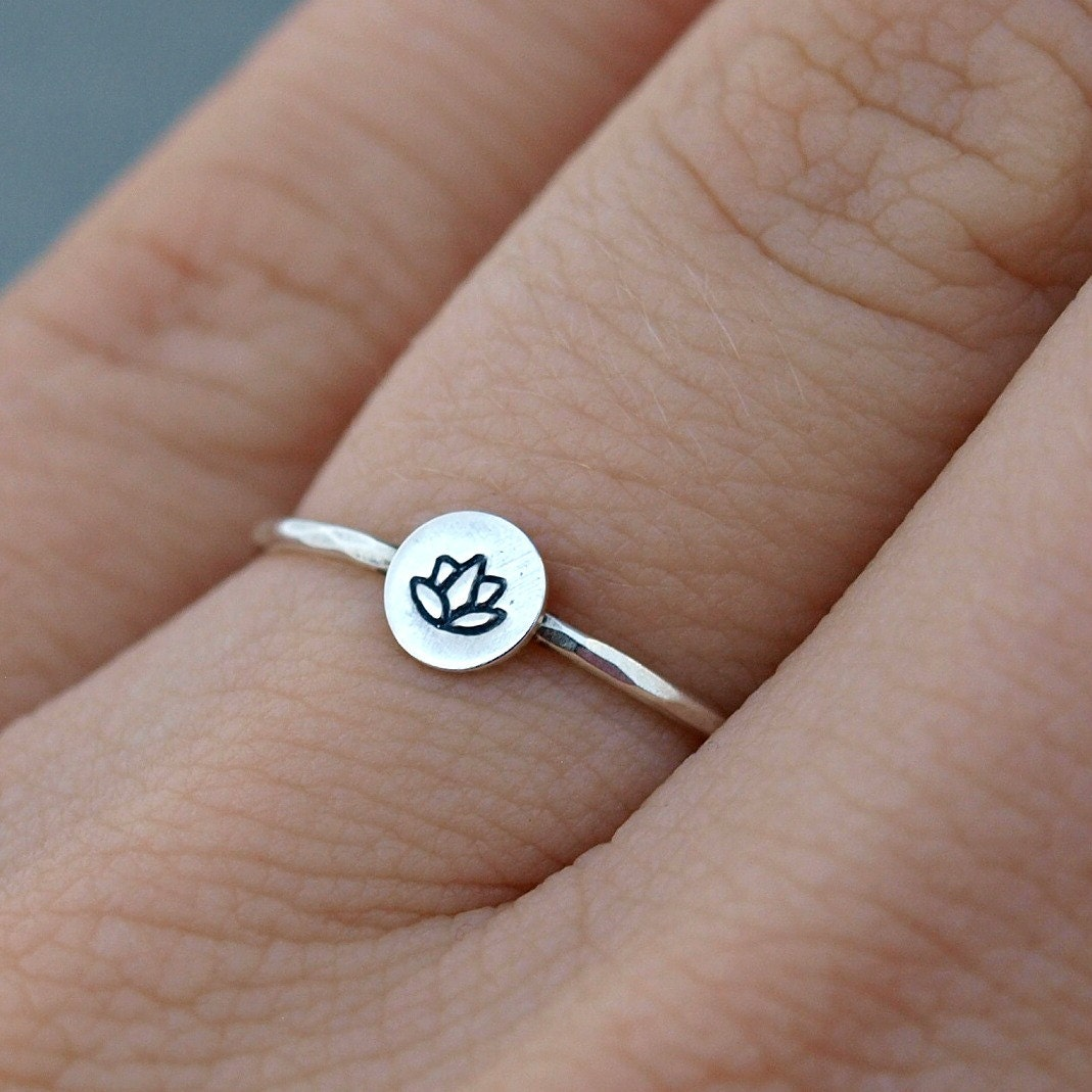 silver lotus ring lotus jewelry sterling silver. Black Bedroom Furniture Sets. Home Design Ideas