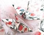 Letterpress Rose Peace Crane Bird , Wedding Cake Topper,  Party Favor, Origami Ornament Japanese Paper Place Card Holder Table Decoration