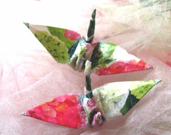 Hydrangea Peace Crane Bird, Wedding Cake Topper, Party Favor Origami Ornament Japanese Christmas Decoration Paper 1st Anniversary Pink Green