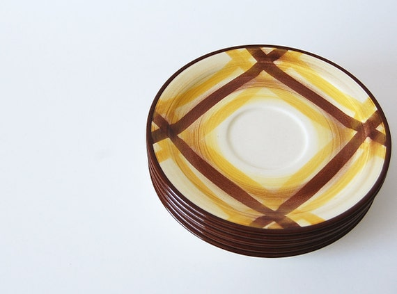 Instant Collection . Set of 6 Plaid Plates . Vernonware Saucers . Organdie . Hand Painted . autumn decor