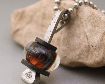 Boro Glass Lampwork Bead Horseshoe Nail Pendant Stainless Steel Chain