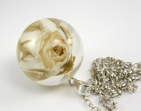 Rose Resin Necklace, Floral Resin Pendant / reserved for  lyume