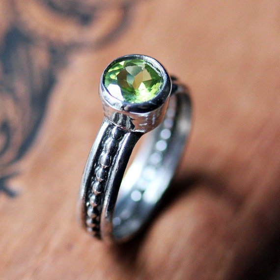 Silver peridot ring - modern ring - August birthstone ring - bezel set ring - unique jewelry - recycled sterling silver - Cool Crush ring