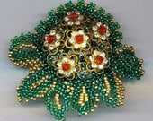 Beadwoven Filigree  Brooch . Floral Brooch . Red Flowers . Emerald Green . Golden Leaves  - Christmas Treasures by enchantedbeads on Etsy