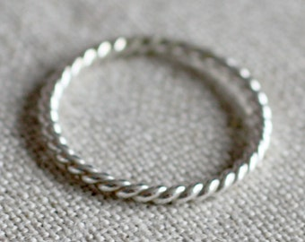 sterling silver twist band