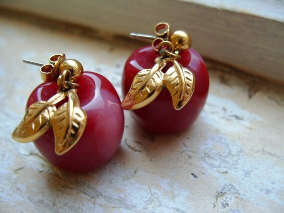 FREE SHIPPING Vintage Red Apple Earrings