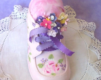 Pincushion Shabby Baby Shoe