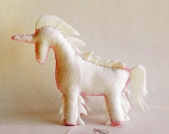 DIY Felt Pattern - Year of the Horse - Make your own Unicorn, Pegasus - a perfect handmade gift for a baby, child or someone special - PDF