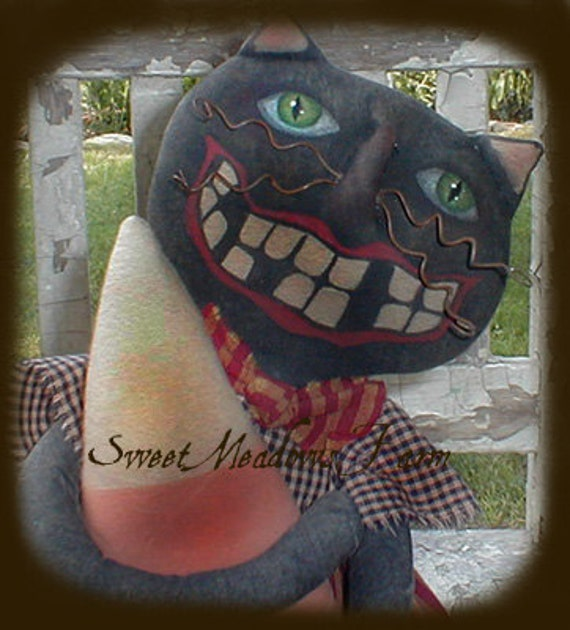 E-PATTERN Primitive Cat Doll with Giant Candy Corn and Bad Teeth PDF