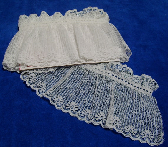 Lace Insertion Remnants White and Ecru Three and One Third Yards 5 Plus Inches Wide No.112