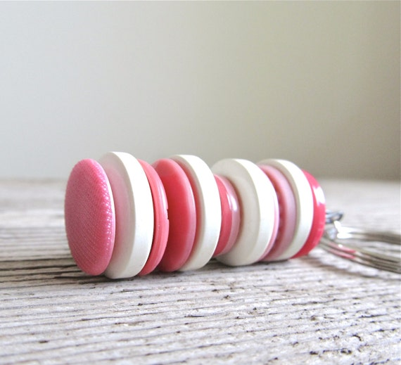 Vintage Stacked Buttons Key Ring - Bubblegum