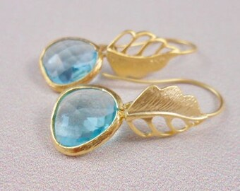 Gold flowers with Aqua Ice faceted glass
