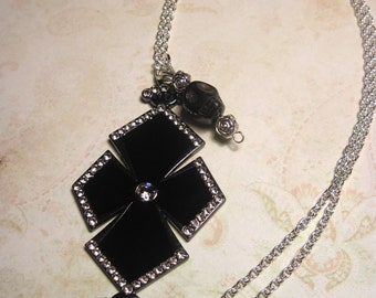 Skull Cross Necklace Jewelry Pendant Charm Rhinestone Gothic Punk Rock Emo Scene Silver Chain Link FREE SHIPPING To USA & Canada