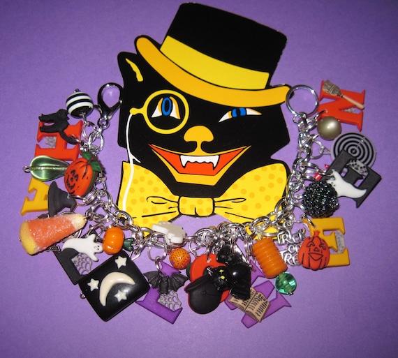 Halloween Jewelry Charm Bracelet Halloween Bracelet Beads Buttons JOL Spider Cat Skull Ghost Candy Corn Bat OOAK Spooky Cute Statement Piece