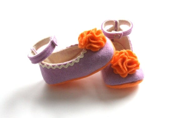 0-3 Month Size - Purple and Orange - Baby Girls Soft Soled Shoes - Newborn Felt Booties - Wool Felt Baby Girls Booties - READY TO SHIP