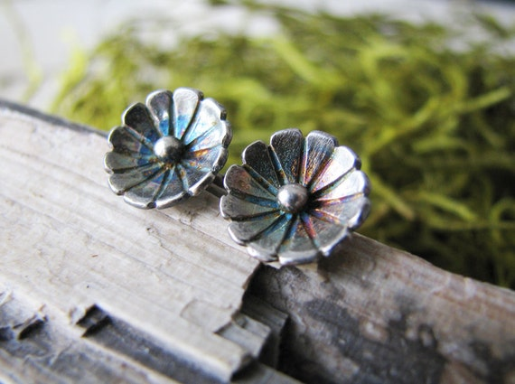 The Botanist- Floral Studs- Oxidized