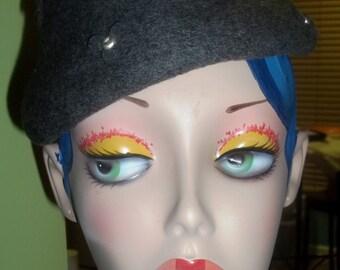 1940's Charcoal Gray Wool Embellished Vintage Hat