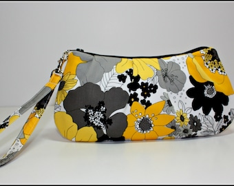 Yellow, Gray, Black and White Floral Wrislet