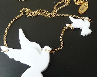 White Piegons Necklace,Plexiglass Bird Necklace,Lasercut Acrylic,Gifts under 25
