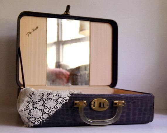 Vintage Luggage Train Case Pla-Mate Faux Crocodile Croc Brown Suitcase