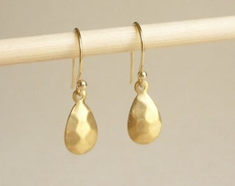 Hammered Drop Brass Gold Earrings, Bridesmaid Gift. Minimal Jewelry,Gift under 15 Valentines Gift