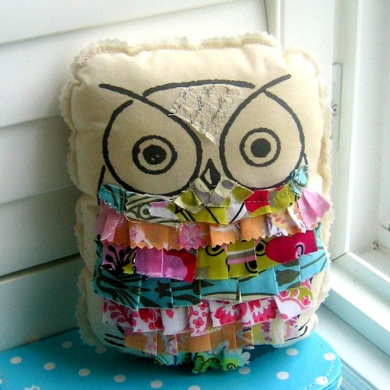 owl pillow, stuffed owl, ruffle owl pillow, appliqued owl pillow, fabric scrap pillow, printed owl pillow, vintage style owl - No. 102