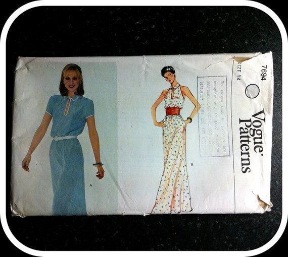 Vintage Paper Pattern - VOGUE 7694 - 1970s - Long or Short Dress - Short Sleeves or no Sleeves