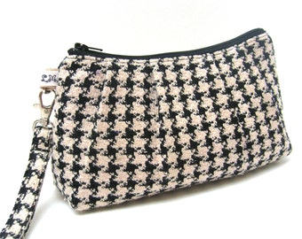 Clutch Purse Wristlet Rectangle Houndstooth in Black and Ivory