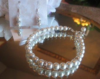 Traditional Pearl and Rhinestone Silver Bracelet and Earring Set - Bride or Bridesmaid Jewelry Set/Wedding Jewelry
