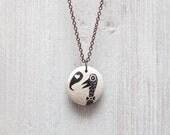 Pendant in ceramic. Happy Bird. OOAK