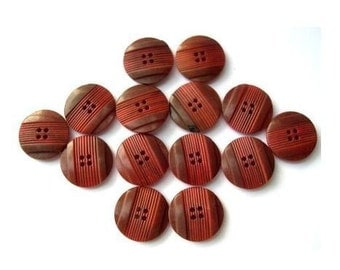 15 Vintage buttons red brown plastic 16mm