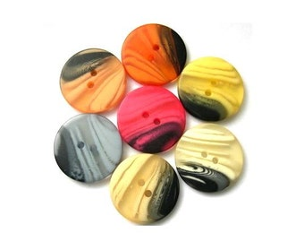 42 Vintage buttons, set of 7 colors, can be use as beads for button jewelry, 25mm