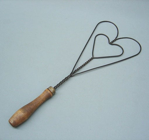 Sale Now 10.00 Old Vintage RUG BEATER Of Steel Wire And Wood