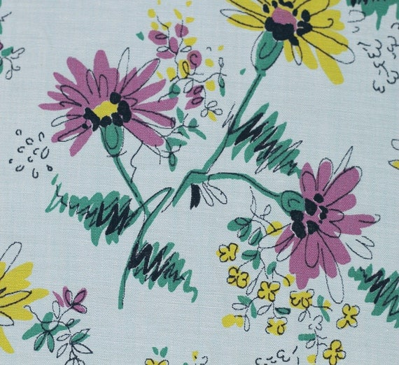 3 3/4 Yards vintage fabric - 50s gorgeous floral - artsy daisy - 37w - cotton