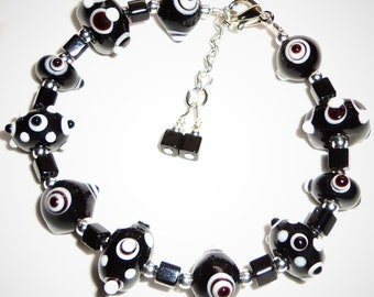 CLEARANCE  Adorable Black Knobby Lampwork Beads Bracelet
