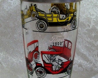 Cocktail Shaker - Vintage Car motif - Collectible from the 50's