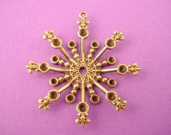 2 brass ox dapped snowflake fleur de lis charm setting