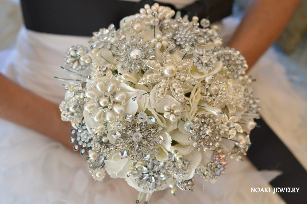 Bridal Bouquet Brooches : Classic heirloom pearl brooch bouquet deposit on a