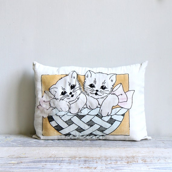 ON SALE  Vintage 1940s Embroidered Kitten Pillow / Hand Painted Cushion