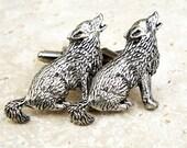 Wolf Cufflinks. Antiqued Silver Pewter Wolves Cufflinks