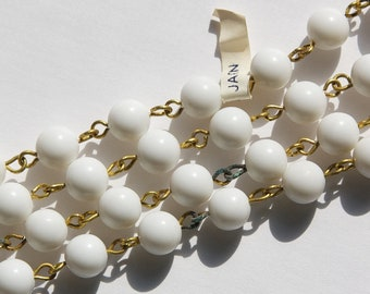 Vintage White Plastic Beaded Chain Raw Brass Links Japan chn064A